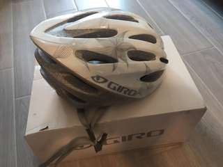 GIRO 單車頭盔 八成新