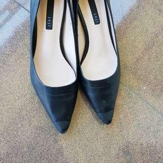 Pantofel wedges hitam