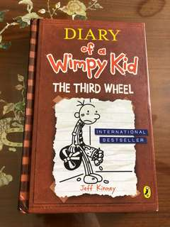Diary Of A Wimpy Kid the third wheel HARD COVER