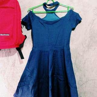 Dress (Off-Shoulder)