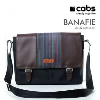 Cabs Pocket Banafie - Tas Selempang Pria Multifungsi Sling Bag Tas Laptop Notebook 14 Inch - Black