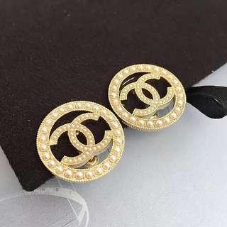 圓珍珠 耳環