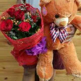 Affordable teddy bear with flower bouquet package