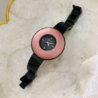 DKNY Watch (no more battery, have to change)