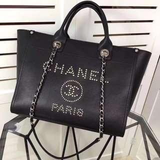 Chanel 牛皮鱼子酱购物包  沙滩包