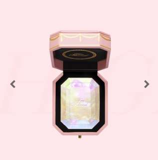 Instock BNIB Too Faced Diamond Highlighter
