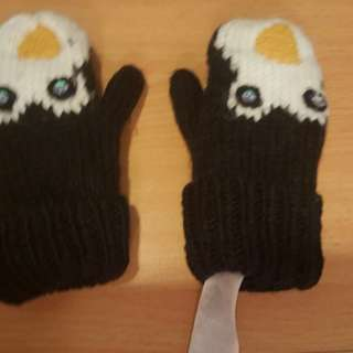 Cute Penguin Glove