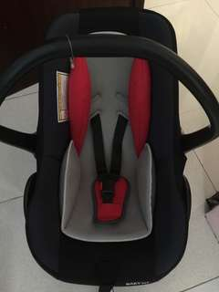 Baby first car seat used only twice