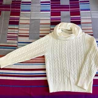 🚚 白色編織紋特殊領毛衣
