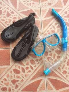 goggles and aqua shoes