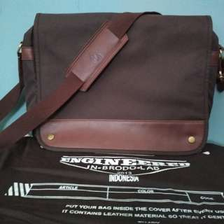 Brodo Messenger Bag Brown