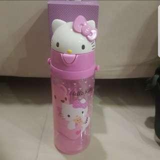 In stock Sanrio hello kitty water bottle for children 550ml