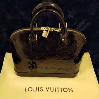 Authentic Louis Vuitton Alma PM Vernis Bag