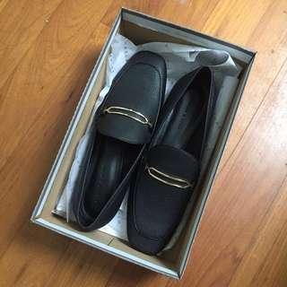 (bnib) charles & keith loafers vintage