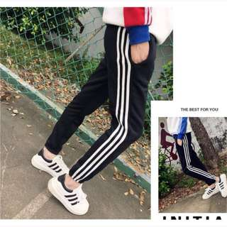 🚚 三條槓黑白運動褲(大尺碼)✅