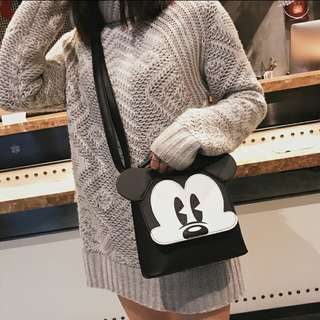 Mickey mouse crossover body sling bag