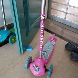 Children's skate scooter