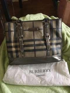Burberry (High quality replica)