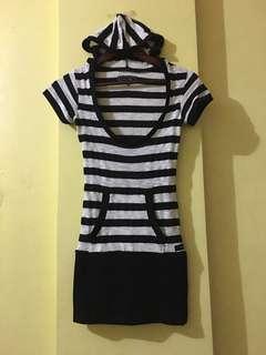 Hooded stripe dress