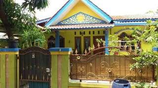 Di jual cepat Rumah dan kontrakan lokasi sangat strategis dekat Mall taman palem  , rs, pasar.sekolah dan perumahan.