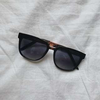 "Sunnies ""Corey"" Sunglasses"