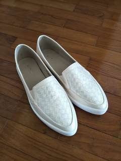 Mitju Shoes