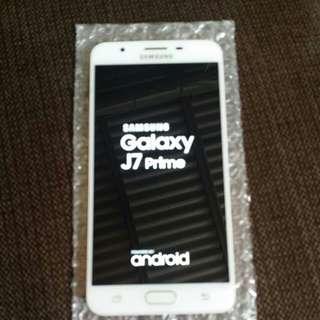 J7 prime 99.99.% new condition 32gb