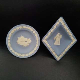 Wedgewood Porcelain Plates 2 pieces