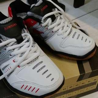 🚚 Kawasaki兒童羽球鞋