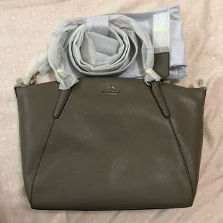 BNWT Authentic Coach Kelsey in Fog