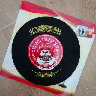 經典聾貓熱奶TEA唱片杯墊(限量版)