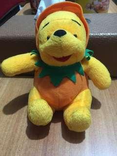 Boneka Beruang POOH (winnie the pooh series)