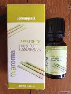 Lemongrass Essential Oil - 2 bottles of 10ml each