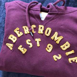 🚚 abercrombie and fitch 酒紅 帽T