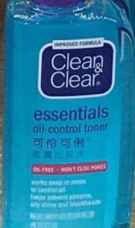 Clean&Clear Essentials Oil-Free Toner 100ml