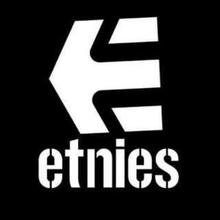 Kaos etnies