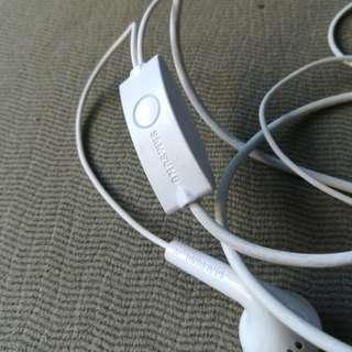 Samsung j7 pro headset