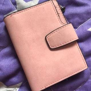 粉紅色錢包