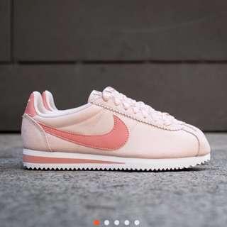 nike 阿甘鞋 粉紅  暖粉 九成新  24cm 日本買絕對正品唷