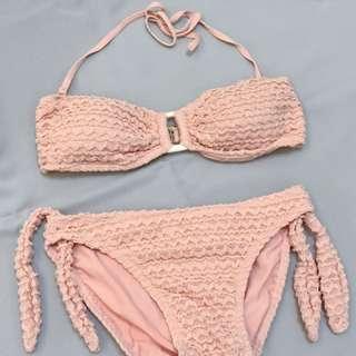 🚚 粉紅色兩截式泳裝
