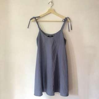 洋裝-藍藍緞帶