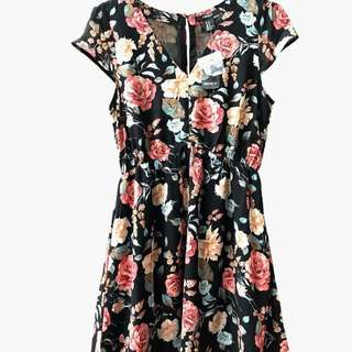 Dress Frvr21 / XXI BNWT