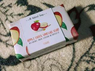 APPLE CIDER VINEGAR SOAP