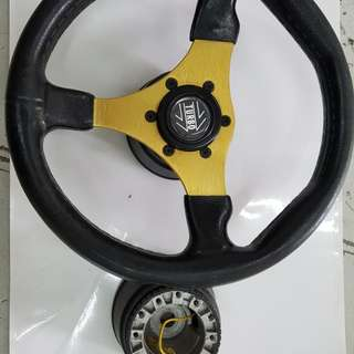 Classic 13 ins steering wheel with raiser