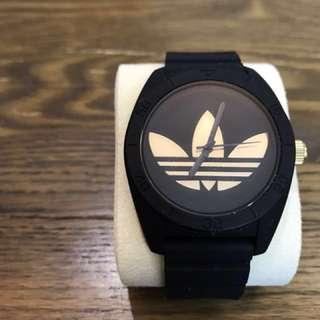 Adidas 運動手錶