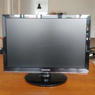 """Samsung SyncMaster 2253LW - 21"""" (Inch) Computer Monitor"""