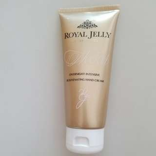 marks and Spencer royal jelly overnight intensive rejuvenating hand cream 100ml 潤手霜