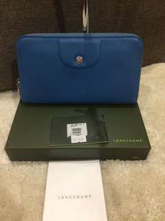 Authentic Longchamp Wallet Complete With paperbag