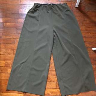 TEMT Wide leg Olive culottes