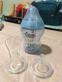 Tommee Tippee Feeding Bottle 260ml FOC 2 Teats
